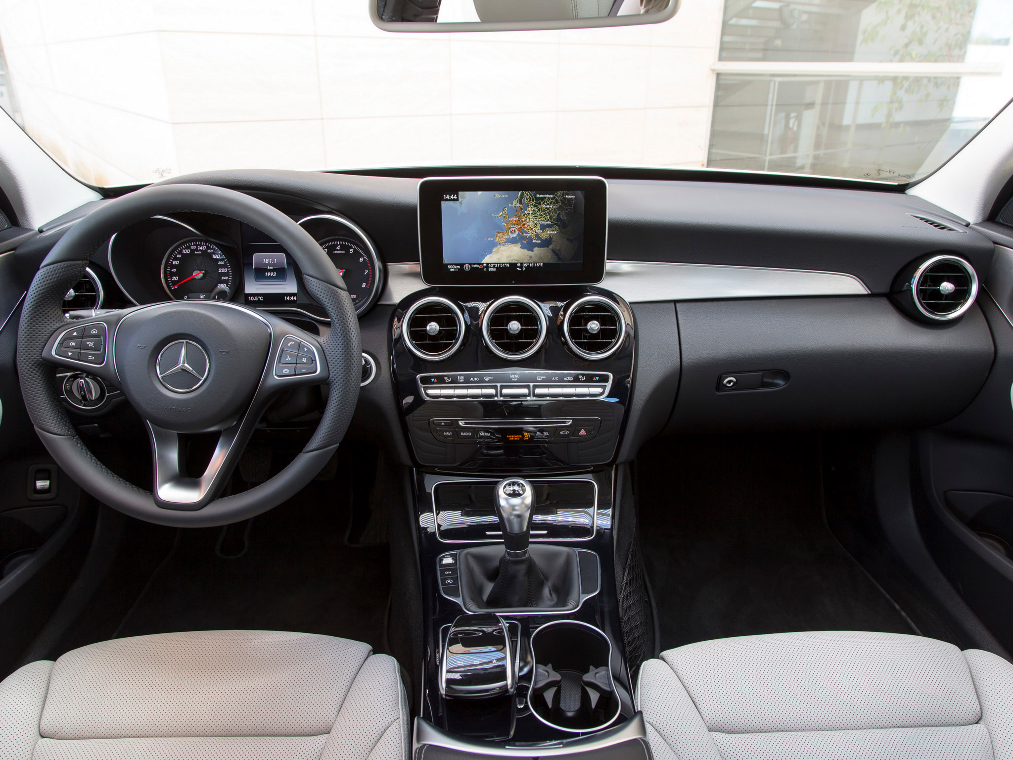 Dokaz Dru Tvenog Blagostanja Audi A4 Vs Bmw Serije 3 Vs