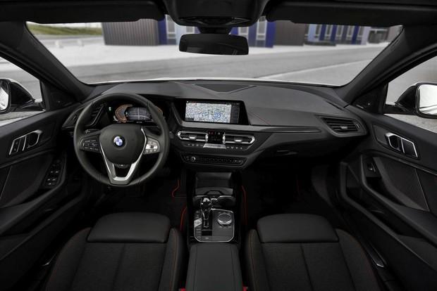 novi BMW serije 1 interijer