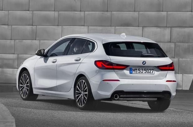 novi BMW serije 1 straga