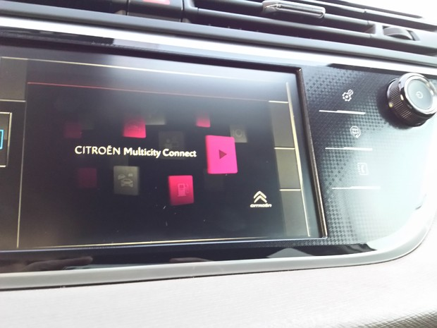 Citroen C4 Picasso 1.6 e-HDi 115 Airdream Exclusive TEST (13)