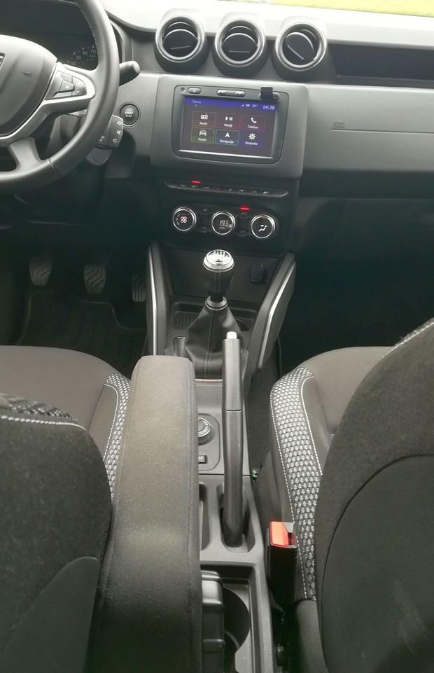 Dacia Duster 1.5 dCi 110 4WD Prestige detalji 06