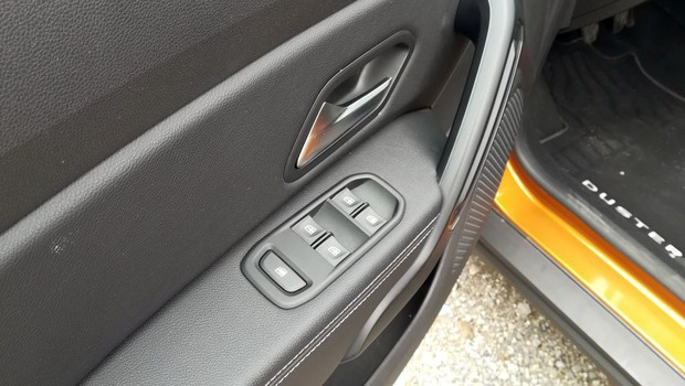 Dacia Duster 1.5 dCi 110 4WD Prestige detalji 11