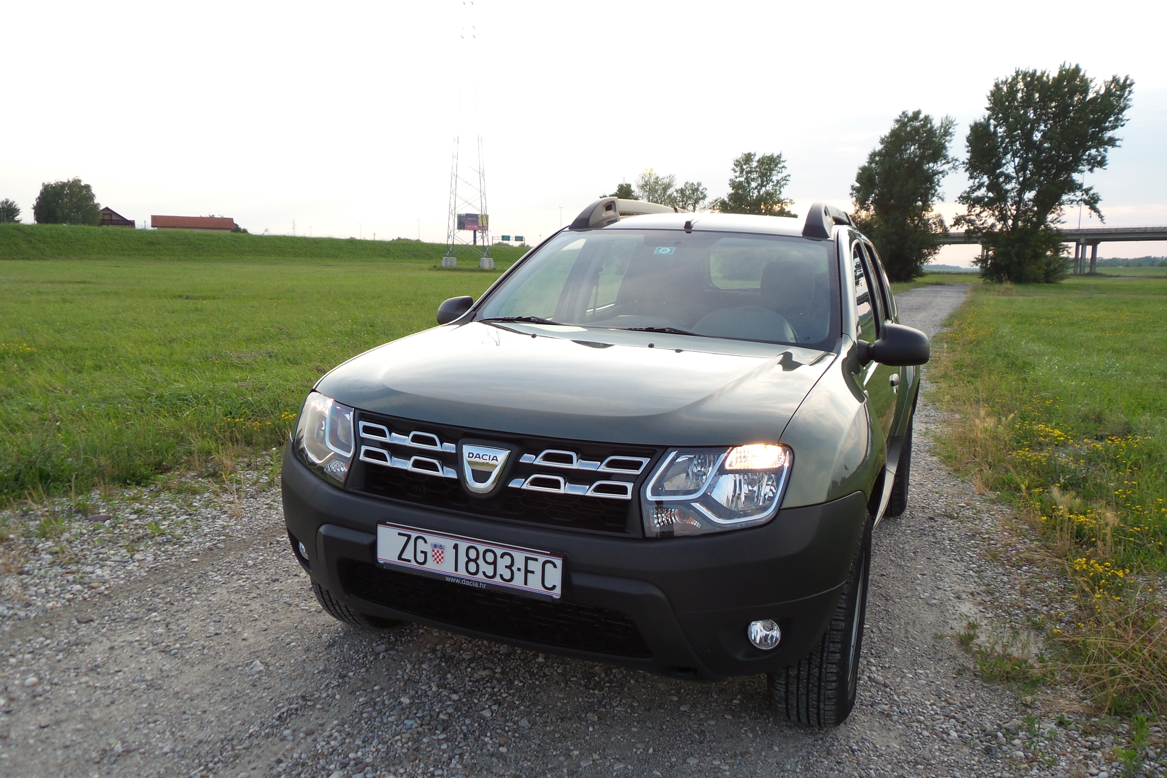 dacia duster 1 5 dci 110 4x4 ambiance test testirali smo. Black Bedroom Furniture Sets. Home Design Ideas