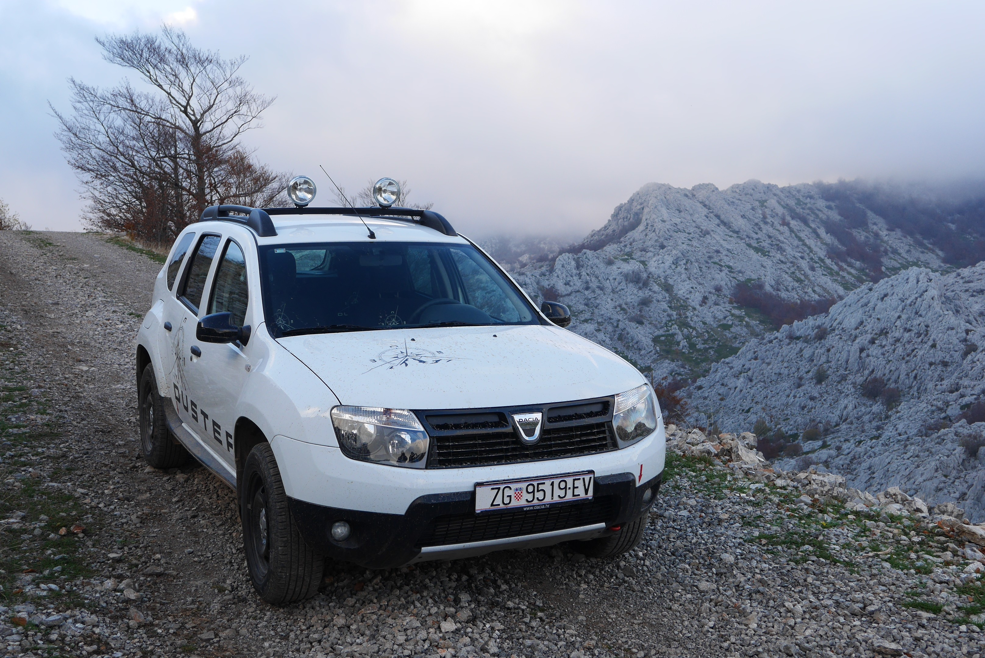 dacia duster 1 5 dci extreme 4x4 test testirali smo testovi vidiauto vidiauto. Black Bedroom Furniture Sets. Home Design Ideas