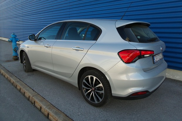 Fiat Tipo HB 1.3 Multijet 95 Lounge (03)
