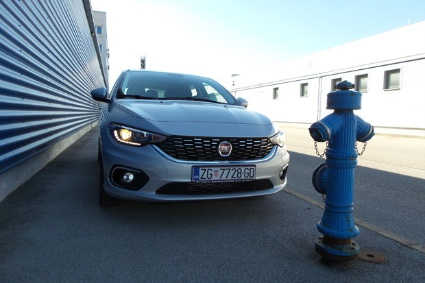 Fiat Tipo HB 1.3 Multijet 95 Lounge (06)