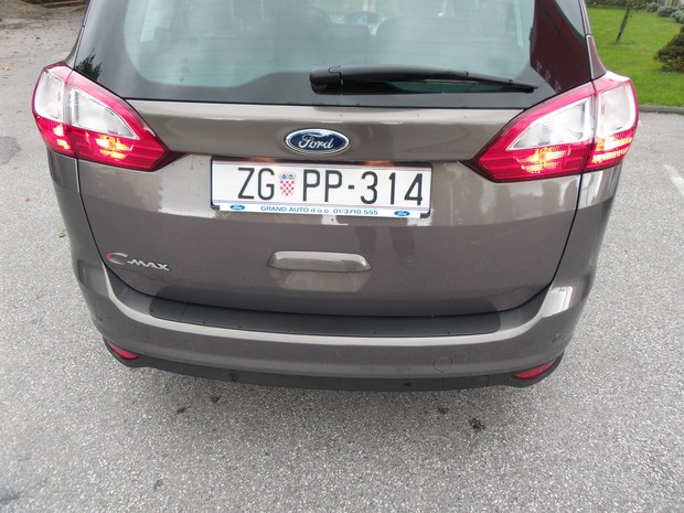 Ford C-Max Grand 1.6 TDCi (04)