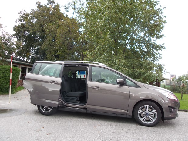 Ford C-Max Grand 1.6 TDCi (10)