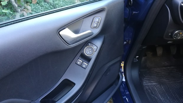 Ford Fiesta Mood 1.1 detalji 12