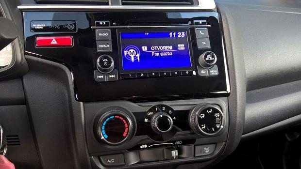 Honda Jazz 1.3 i-VTEC Spotlight detalji 02