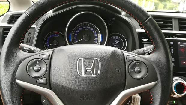 Honda Jazz 1.5 Dynamic interijer 03