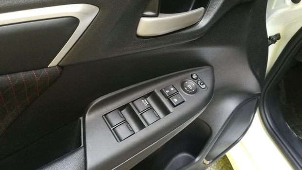 Honda Jazz 1.5 Dynamic interijer 12
