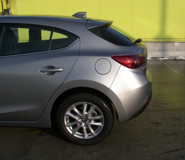 Mazda3 sport 1.5 G100 Challenge (19)