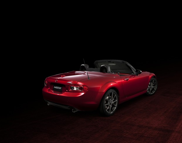 Mazda MX-5 25th Anniversary Edition (04)