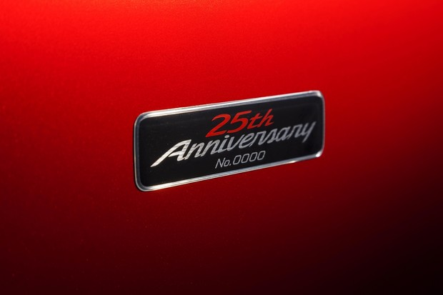 Mazda MX-5 25th Anniversary Edition (11)