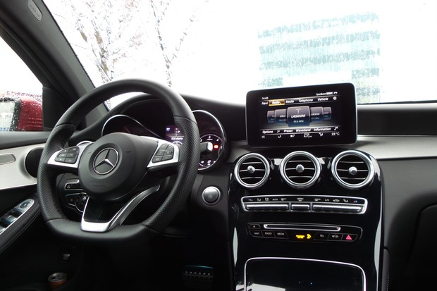 Mercedes GLC Coupe 250 d 2.1 204 AMG Line (18)