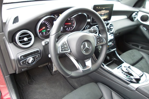 Mercedes GLC Coupe 250 d 2.1 204 AMG Line (19)
