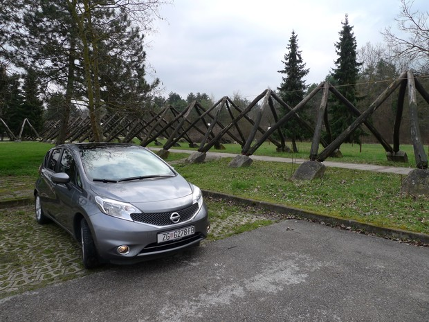 Nissan Note 1,2 Acenta (11)