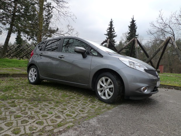 Nissan Note 1,2 Acenta (12)