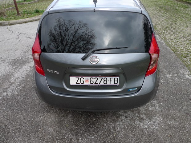 Nissan Note 1,2 Acenta (17)