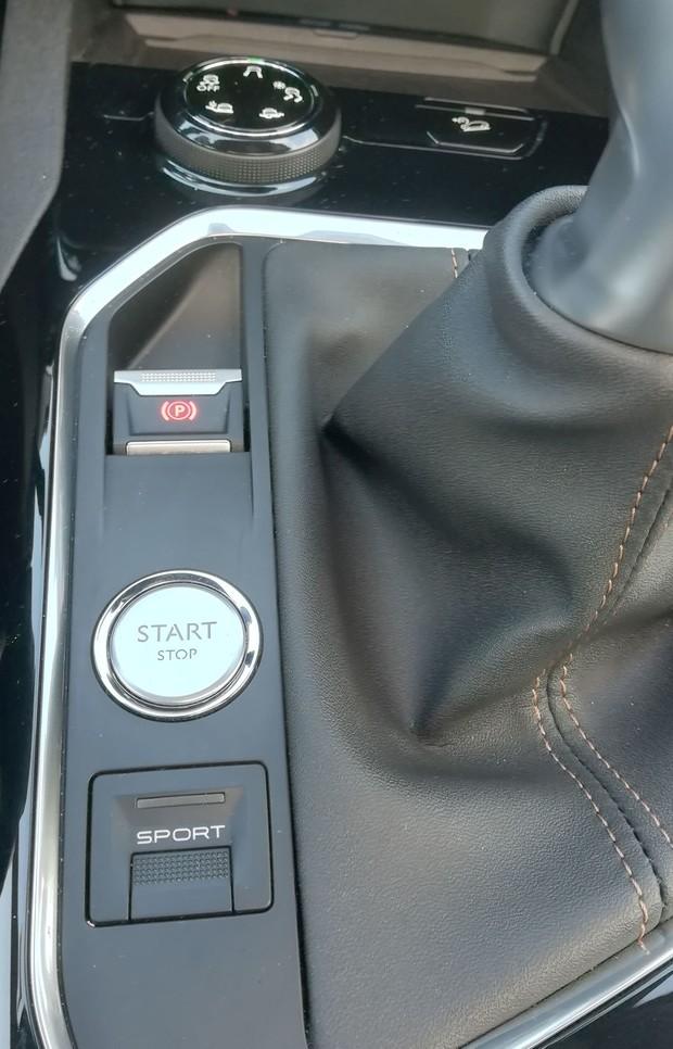 Peugeot 5008 GT line 2.0 BlueHDI 150 BVM6 detalji 14