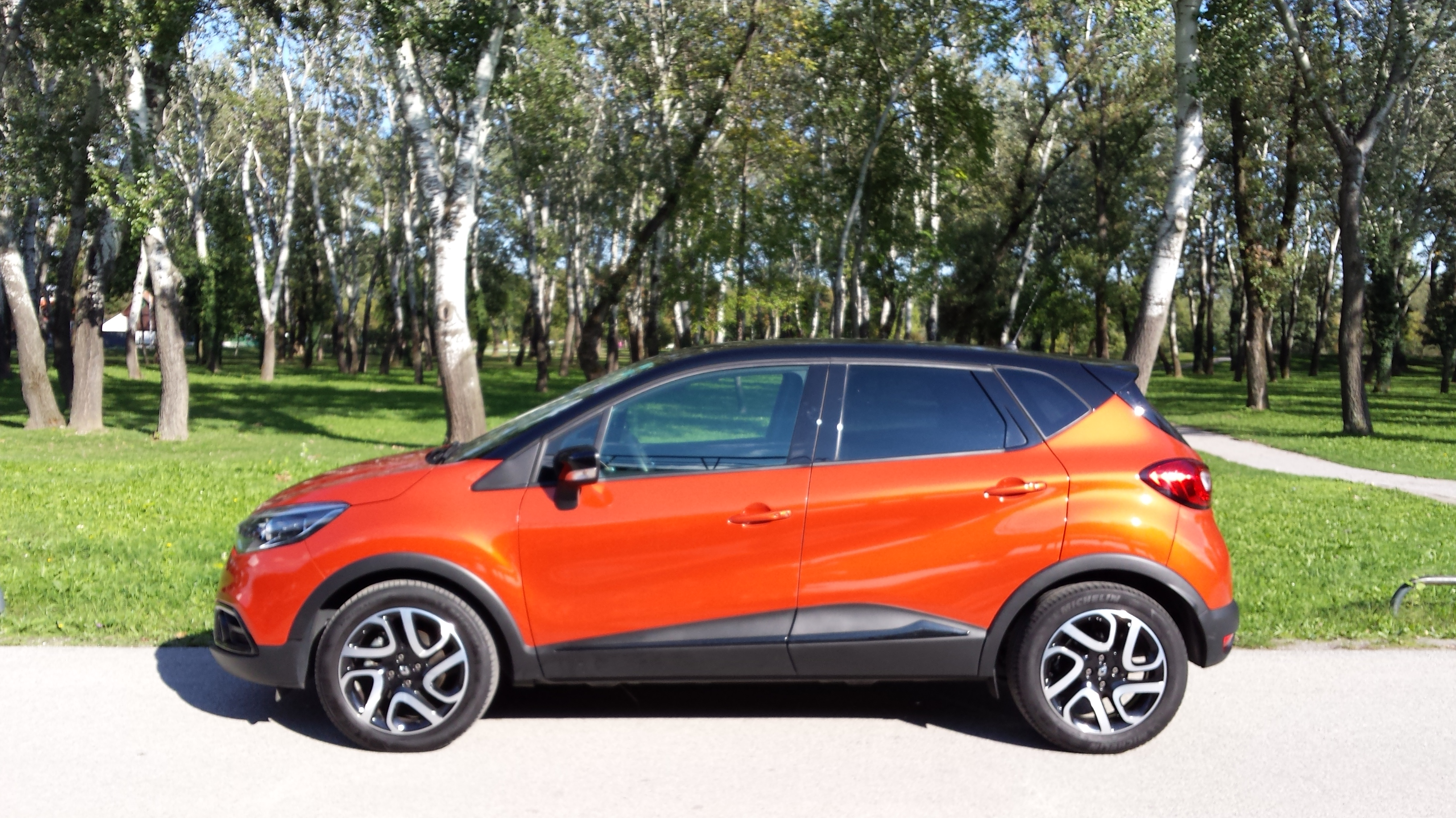 renault captur 1 5 dci 90 dinamique test najave novosti vidiauto vidiauto. Black Bedroom Furniture Sets. Home Design Ideas