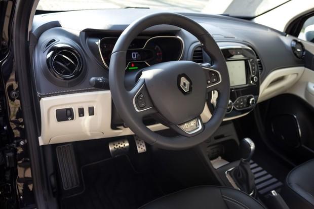 Renault Captur INITIALE PARIS Energy dCi 90 EDC detalji 01