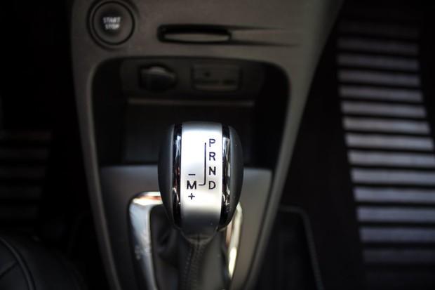 Renault Captur INITIALE PARIS Energy dCi 90 EDC detalji 04