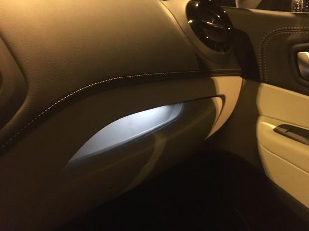 Renault Captur INITIALE PARIS Energy dCi 90 EDC detalji 09