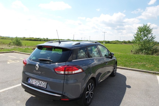 Renault Clio Grandtour 1.2 Tce 120 Intens (03)