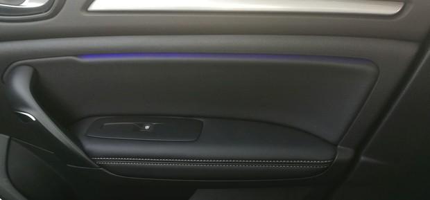 Renault Megane 1.3 TCE 140 Intens interijer 09