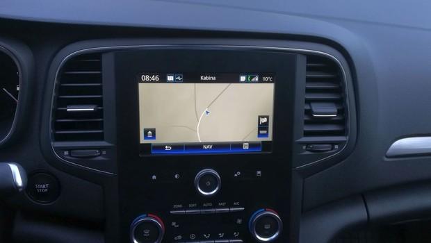 Renault Megane 1.3 TCE 140 Intens interijer 21