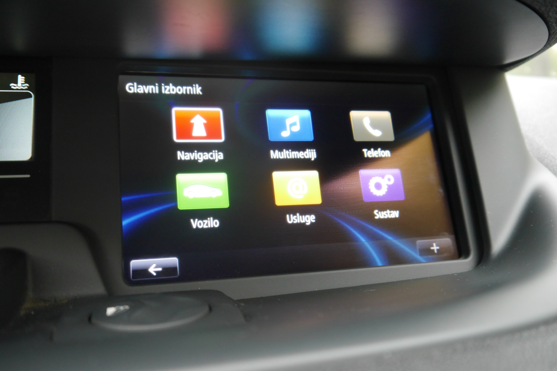 Renault Scenic XMod 1.5 dCi Expression TEST multimedija (6)