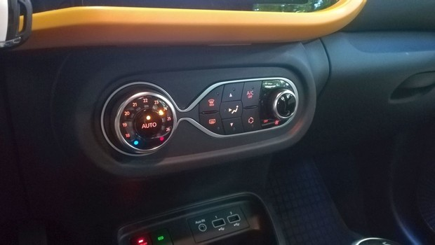 Renault Twingo Intens TCe 95 09