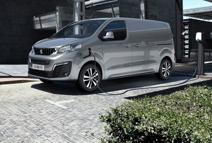Peugeot e-Expert je Van of the Year