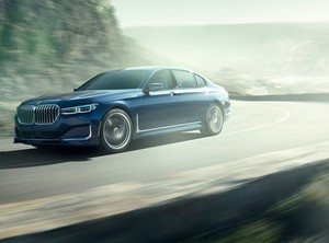 608 KS i 800 Nm ima Alpina BMW B7 xDrive
