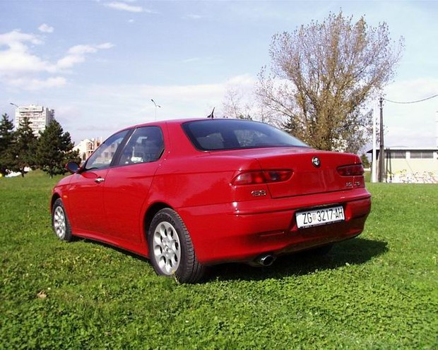 Alfa Romeo 156 2.0 JTS Distinctive