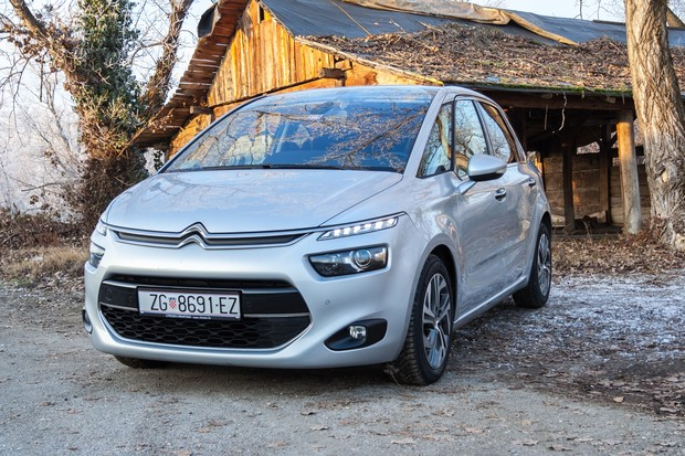 Citroen C4 Picasso 1.6 e-HDi 115 Airdream Exclusive TEST