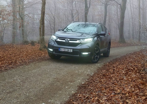 Honda CR-V Turbo CVT Lifestyle 7S TEST