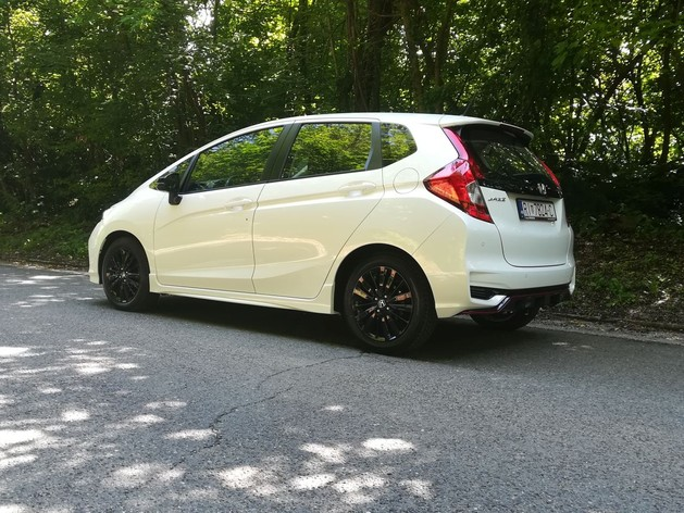Honda Jazz 1.5 i-VTEC Dynamic  TEST