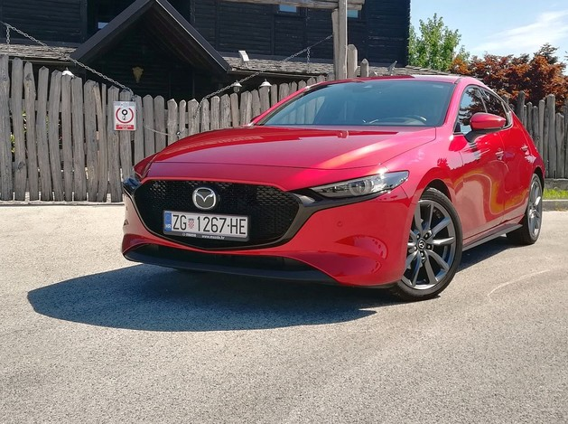 Mazda3 Hatchback Skyactiv-G122 Plus TEST