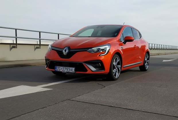 Renault Clio Intens 1.0 TCe 100 TEST