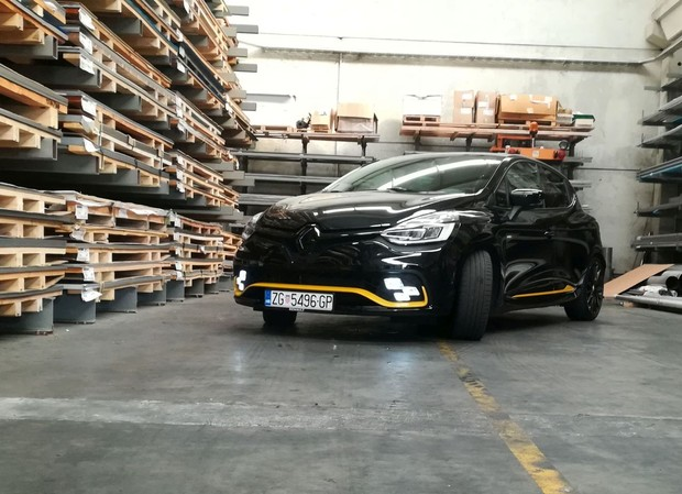 Renault Clio RS Energy TCe 220 EDC TEST