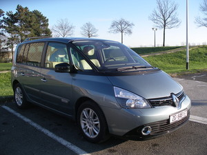 Renault Espace 2.0 dCi 175 Initiale TEST
